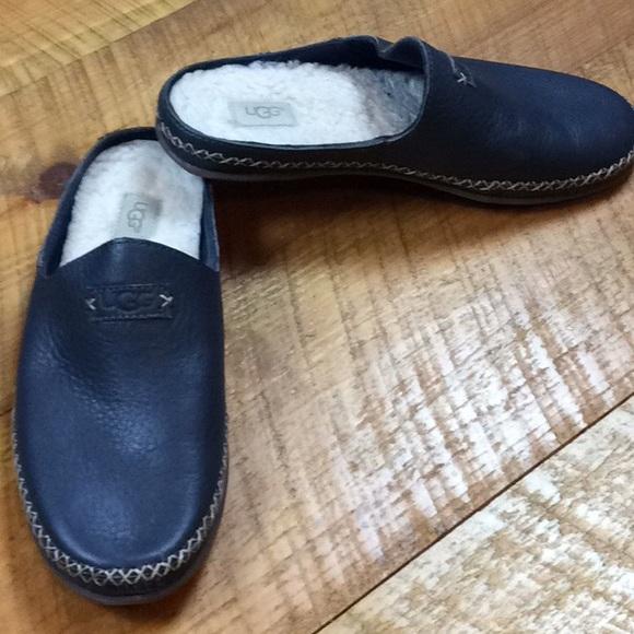 0d1da60f875 Ugg blue Tamara slippers Size 8 Great condition